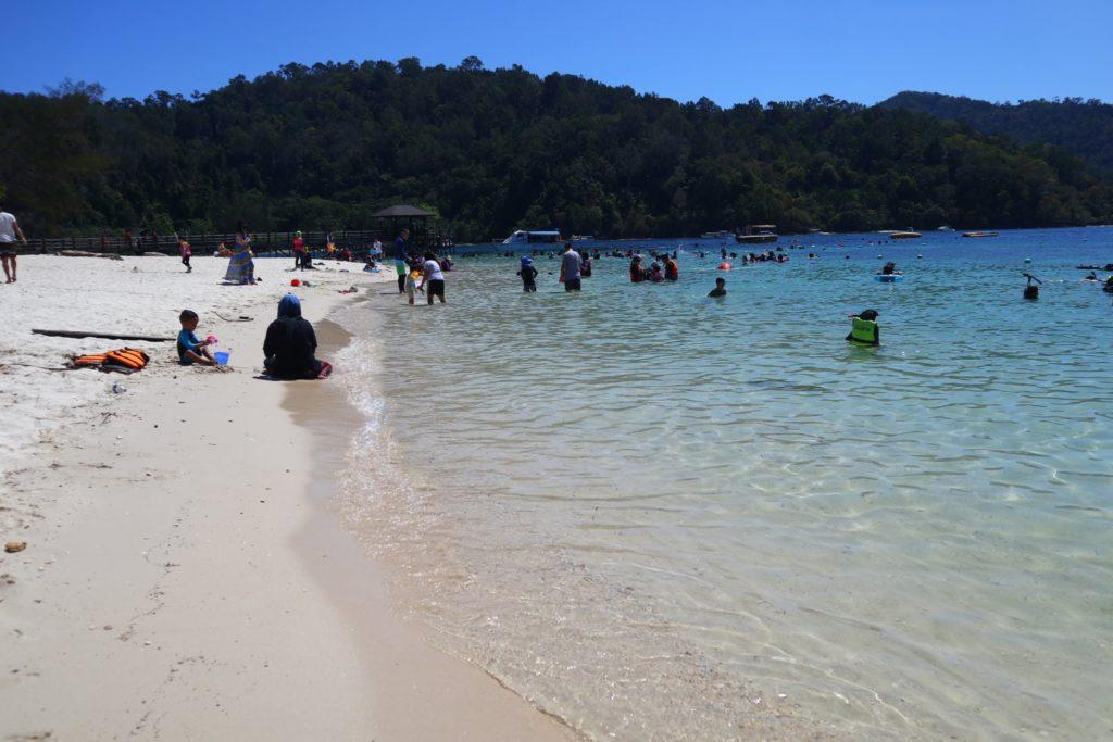 サピ島メインビーチ