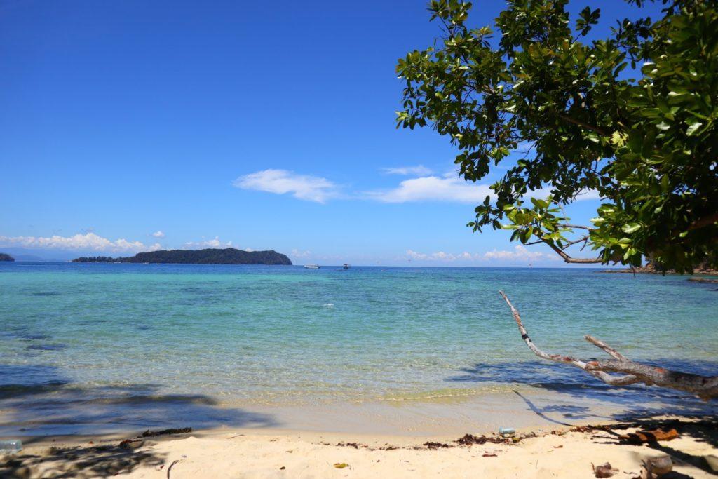 サピ島穴場ビーチ